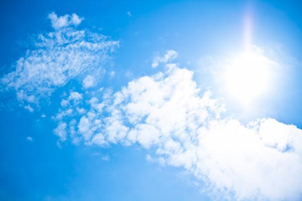 紫外線対策でシミの原因を抑制
